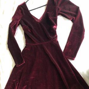 Velvet long sleeve dress crisscrossed back